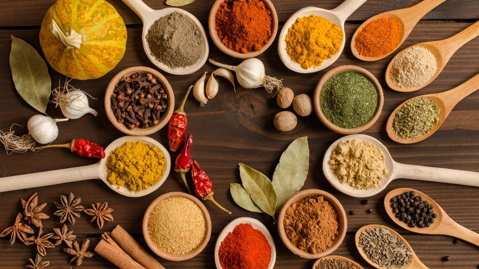 Let Your Tastebuds Travel The World With 4 Healthy Spices