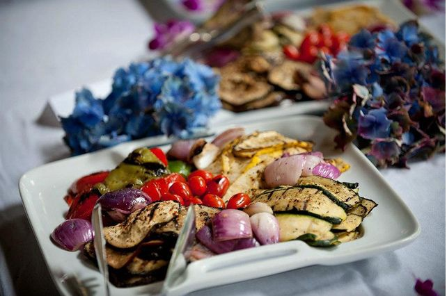 9 Biggest Mistakes To Avoid When Hiring A Caterer
